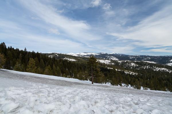 Peddler Hill Scenic Viewpoint. SR-88. Eldorado National Forest, CA, USA