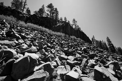 Devils Postpile. Devils Postpile Trail. Devils Postpile National Monument, CA, USA