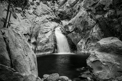 Roaring River Falls. King's Canyon National Park, CA, USA