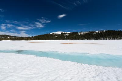 Lake Alpine & Inspiration Point. Near SR-4. Stanislaus National Forest, CA, USA
