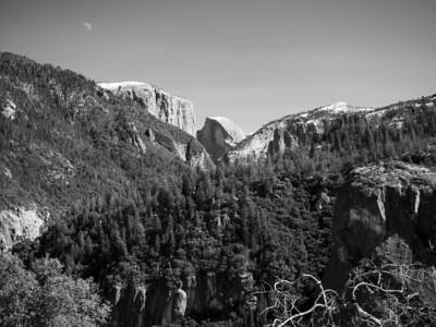 Half Dome, El Capitan & Moon (left), Cathedral Rocks (right). Big Oak Flat Road. Yosemite National Park, CA, USA