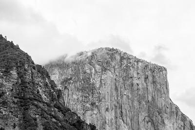El Capitan. Tunnel View - Yosemite National Park