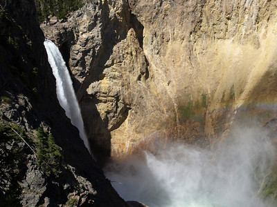 Yellowstone Fall. Uncle Tom's Trail - Yellowstone National Park