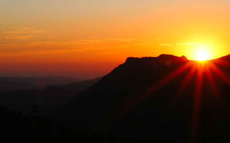 Sunrise On The Long's Peak Trail