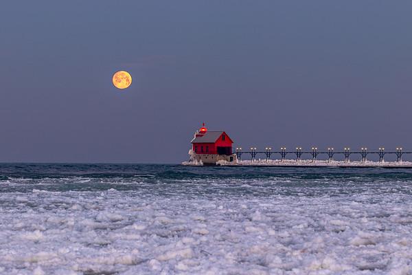 Winter Moonset in Grand Haven