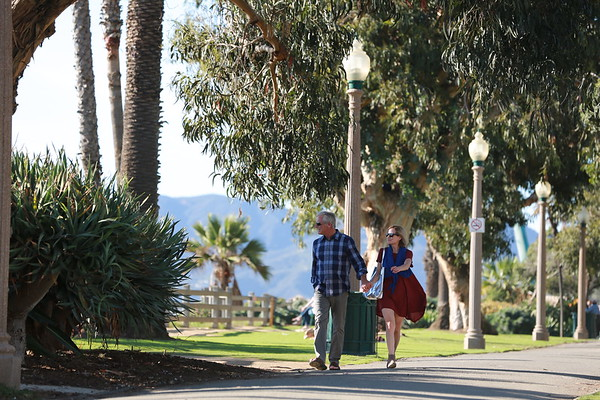 Couple walking in Palisades Park