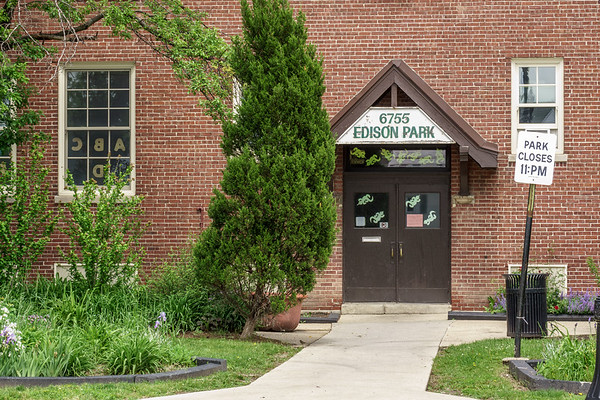 Edison Park Field House