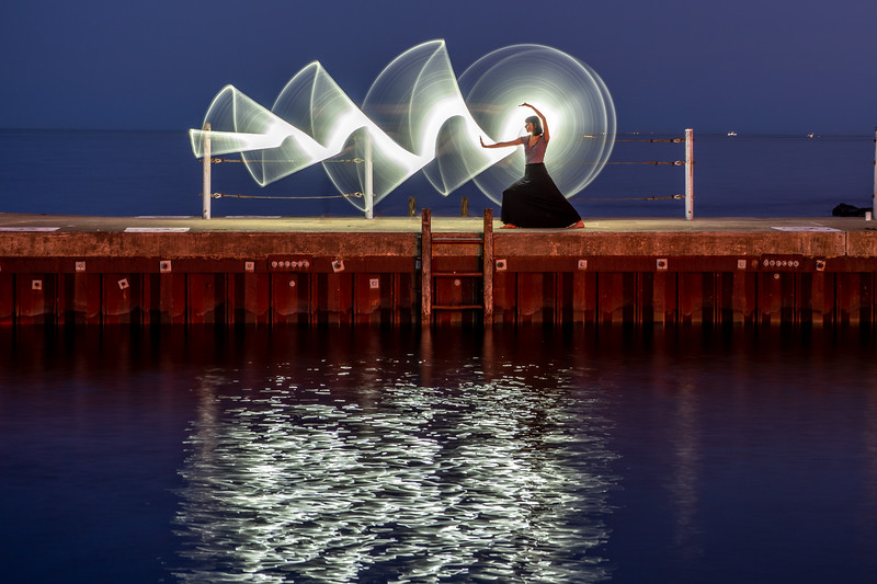 Light Painting on Diversy Harbor