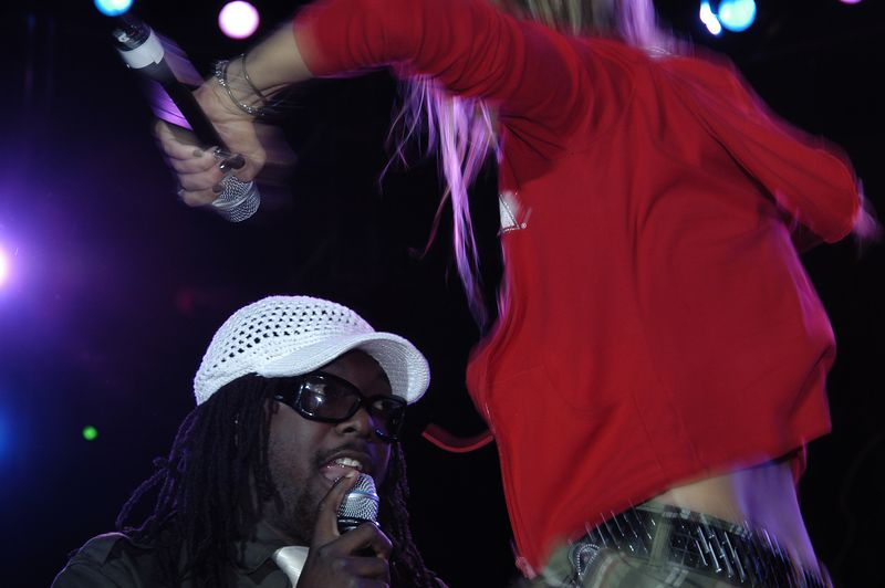 Black Eyed Peas by Nico Potterat (Webmoment Photo)