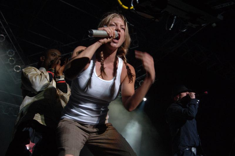 Black Eyed Peas by Nico Potterat (Webmoment Photo)