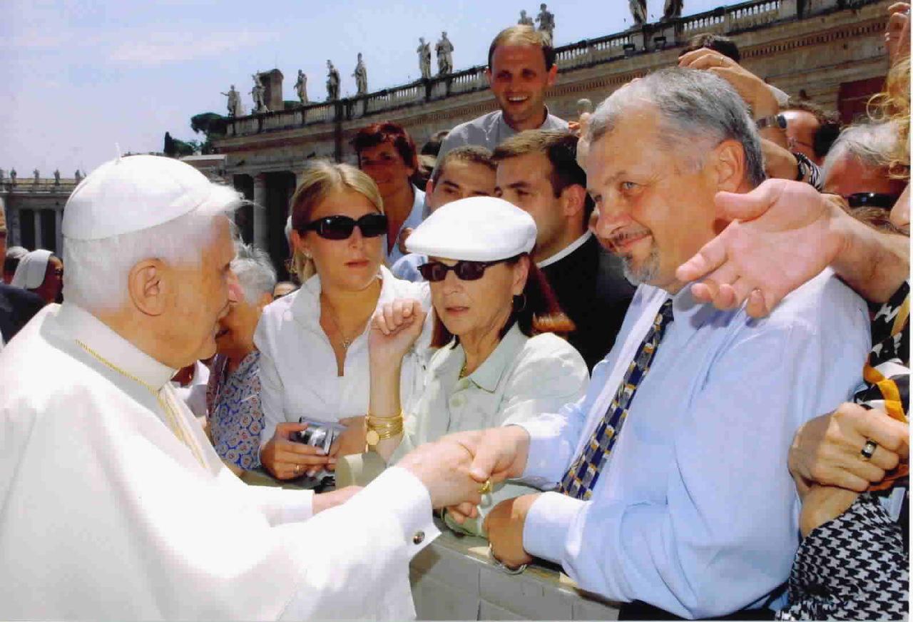 Alex & The Pope