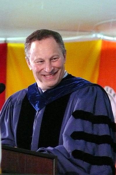 Hampshire President Hexter