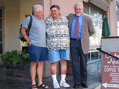 Tres Amigos