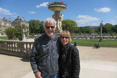 Corey & Kathy - Luxembourg Gardens