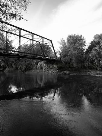 Three Bridges B&W Fall 08
