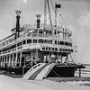 Messenger-Inquirer Photo <br /> No photo credit - No date - Boarding the River Queen