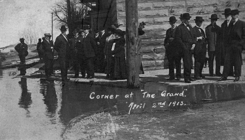 """Messenger-Inquirer Photo <br /> No photo credit - April 2, 1913 - Corner of """"The Grand"""""""