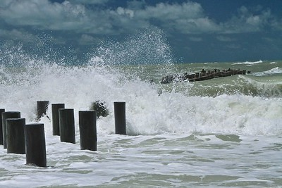 Pilings and waves 2