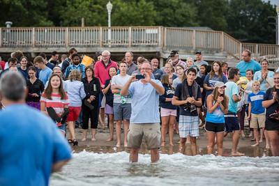 2017-beach-baptism-1608