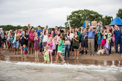 2017-beach-baptism-1663
