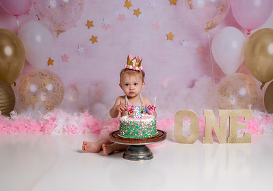 Harpers first bday-54a