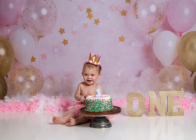 Harpers first bday-10a