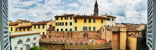 Panoramic vIew from the main window in the living room looking at the other side of Aldobrandini Palazzo housing the Ostillio's apartment.  At the far end, you can see he bell tower of San Spirito church.