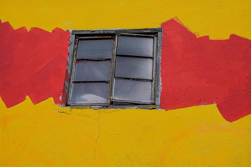 6369 window On Wall_