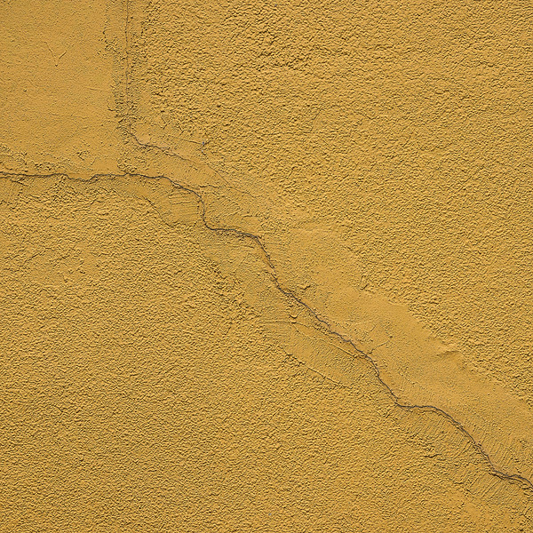 6679 Random Nature Of A Crack