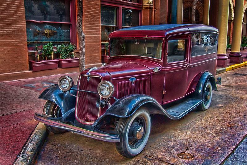 4800 Driskill-Hotel-Company-Car-_v1