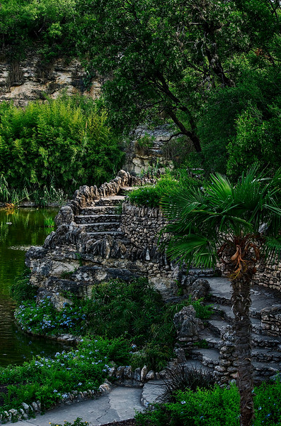 4475 Garden-Path-In-Stone_v1
