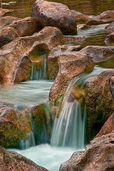 4124 Sculpture-Falls-On-Barton-Creek_v1