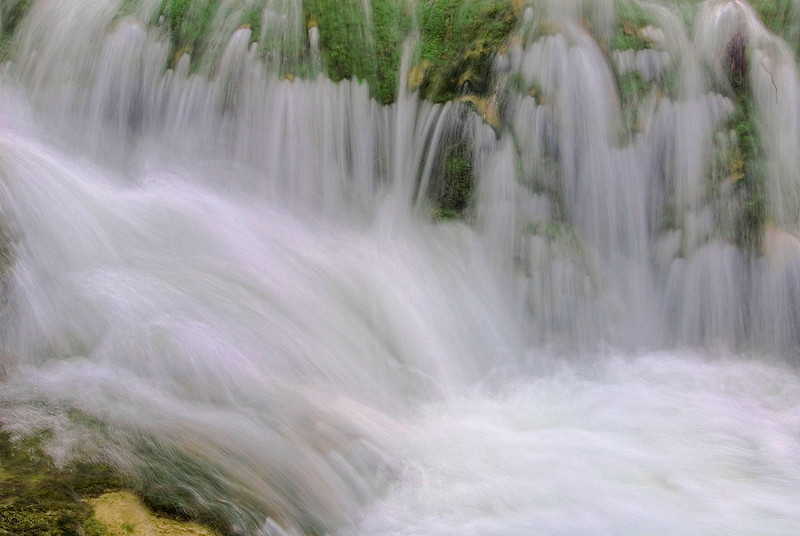 3161-Water-In-Motion-_v1