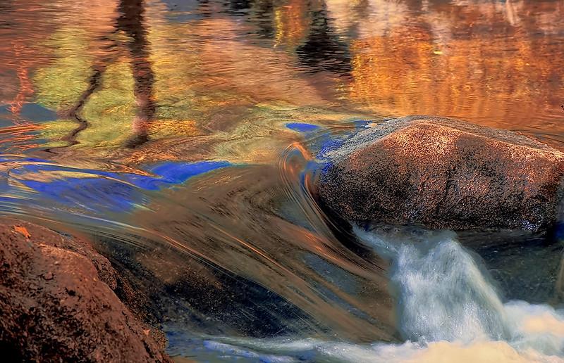 2582-Painted-Autumn-Cascade-_v1