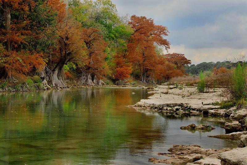 2752-Lazy-Autumn-River-