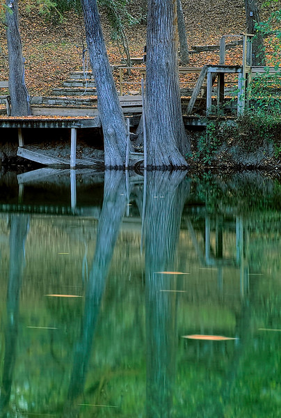2320-Dock-On-Cyprus-Creek-_v1