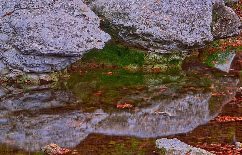 3617 Limestone-And-Moss-Creekside_v1
