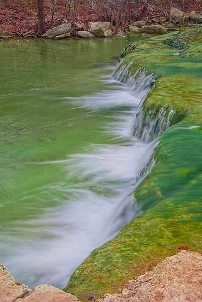 3164-Winter-Cascade-Colored-With-Green-Moss-_v1