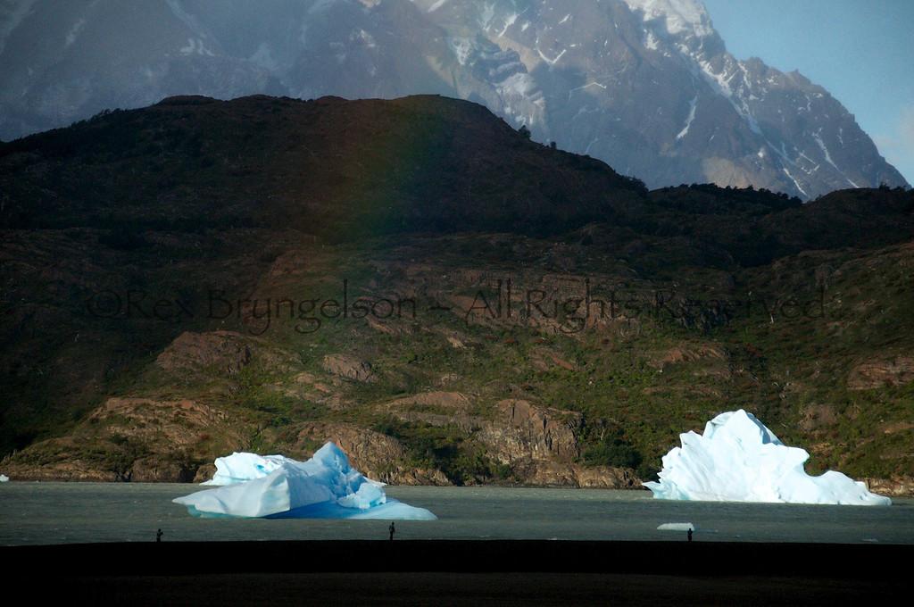 Lago Grey.  Torres del Paine National Park