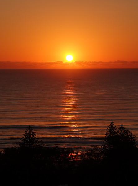 Main Beach sunrise