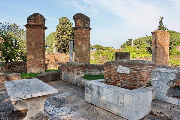 ostia antica, interieurs