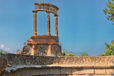 Tombe de la prêtresse Mamia et tombe du temple de la famille Istacidi.