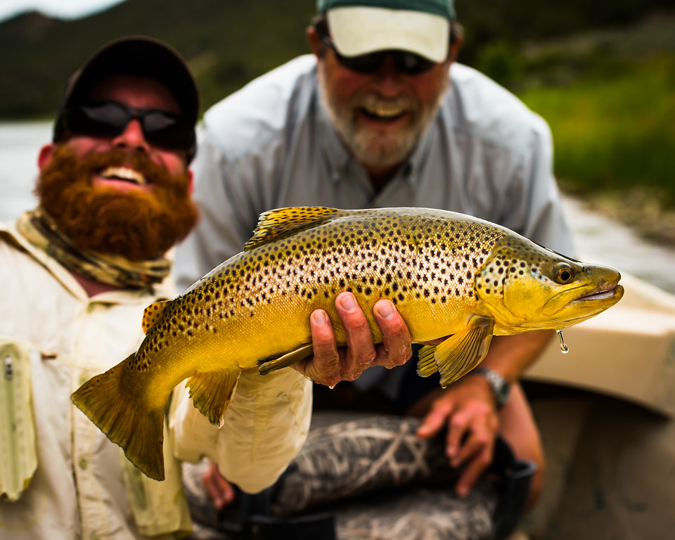 smoky and dave with a 22 inch brown