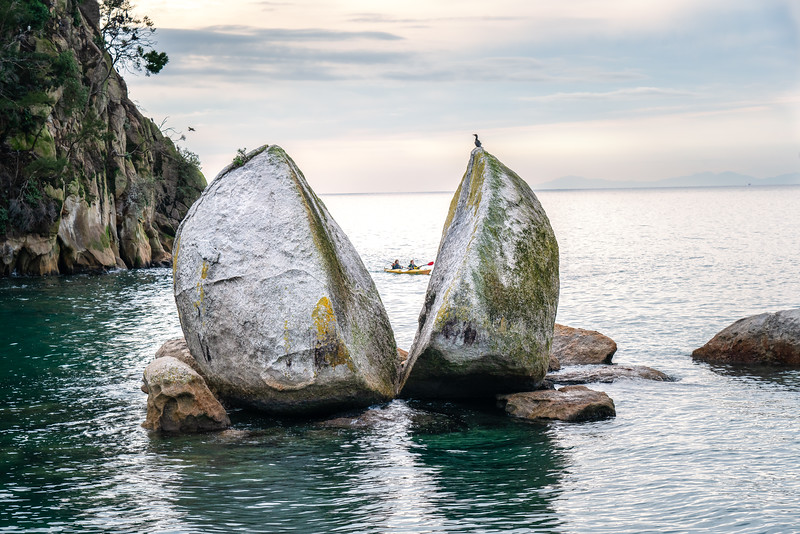 Split Apple Rock at Abel Tasman Park, New Zealand