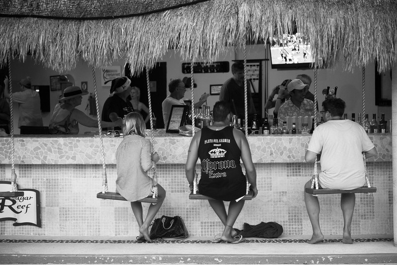 Swinging up to the Bar, Cancun