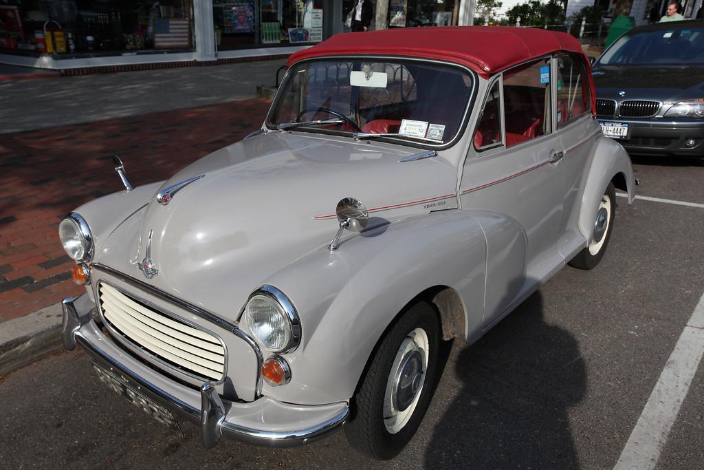 '67 Morris Minor Convertible