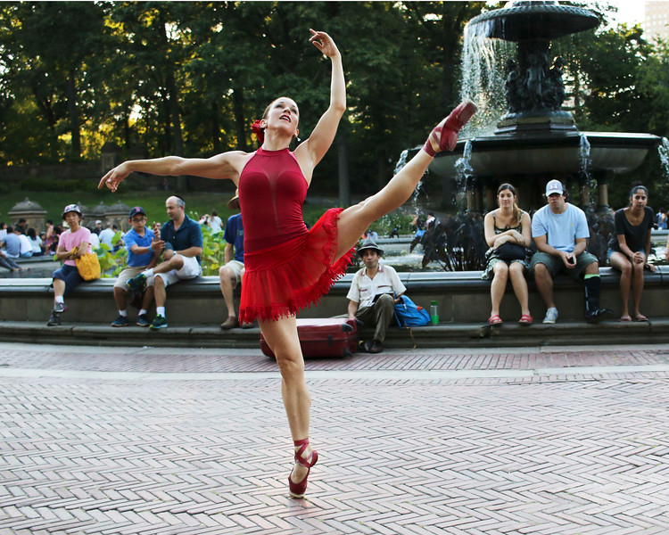 Ballerina at the Bethesda Fountain