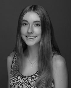 Elenteny, Hannah