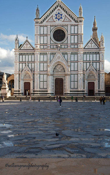 Basilica di Santa Croce (containing the tombs of Michelangelo, Galileo, and other famous Italians)