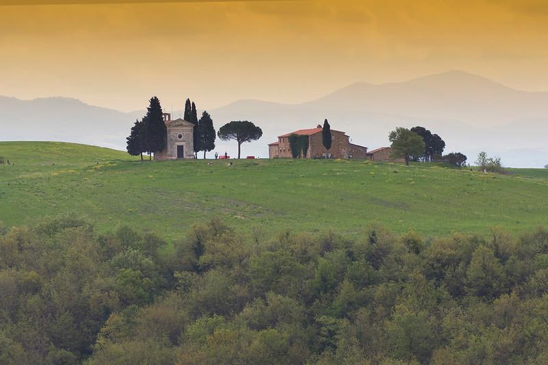 Chapel Madonna di Vitaleta in Val D'Orcia, Tuscany